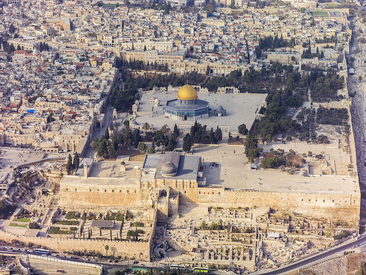 1280px Israel 20132 Aerial Jerusalem Temple Mount Temple Mount south exposure